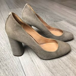 f3d2a4212 Coach Shoes | Womens Ophelia Taupe Block Heels Size 7 Chic | Poshmark